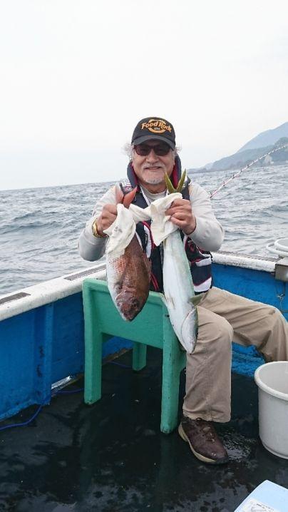 ヒラマサ60センチ1本 ワラサ75センチ1本 真鯛50センチまで…