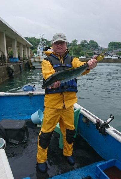 釣果5月13日午前便 ヒラマサ65センチ1本 ブリ、ワラサ各1本 真鯛50センチまで5枚