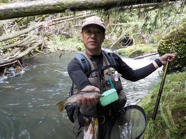 増水&笹濁りで良い型が沢山釣れました。