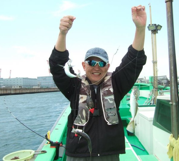 東京湾でアジ爆釣でした(^^)