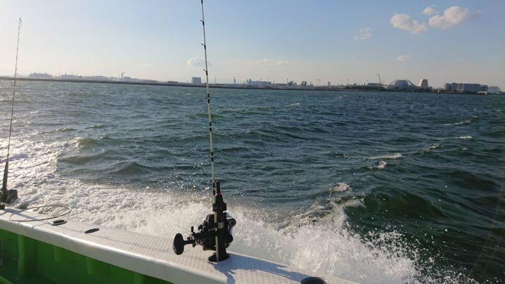 絶好調なのに😱警戒船に追い出され 放浪の旅に