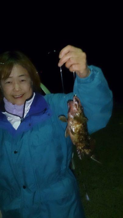 夜釣りです。