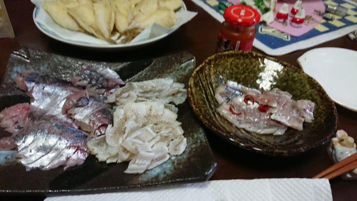 隣🍀船宿常連さんからキスの頂き❗ 東京湾の幸で食卓も🍺最高です