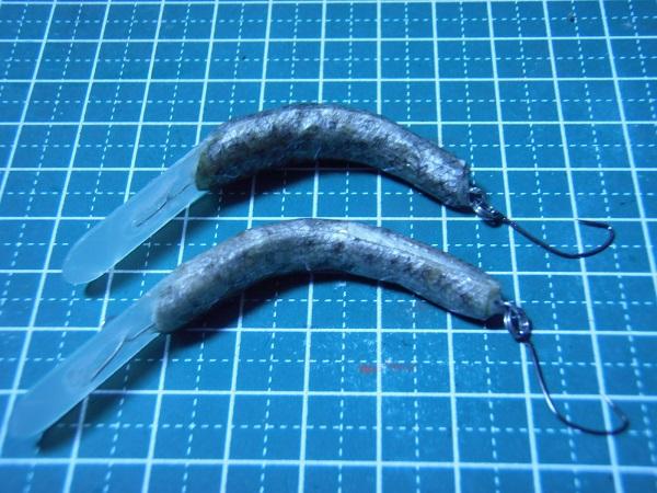 このMクラの魚皮貼りは2本作りましたが、釣れたのは、画像上の方の…