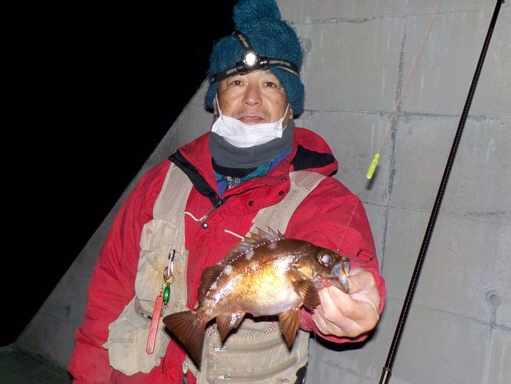釣り友のノリさんも同サイズを釣り上げました!!