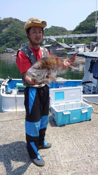真鯛78センチまで3枚😅 ハマチ58センチ1本☺ ウマズラ大1枚